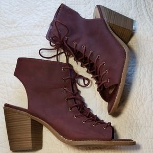 MOSSIMO burgundy Kendra lace up block heel sandals